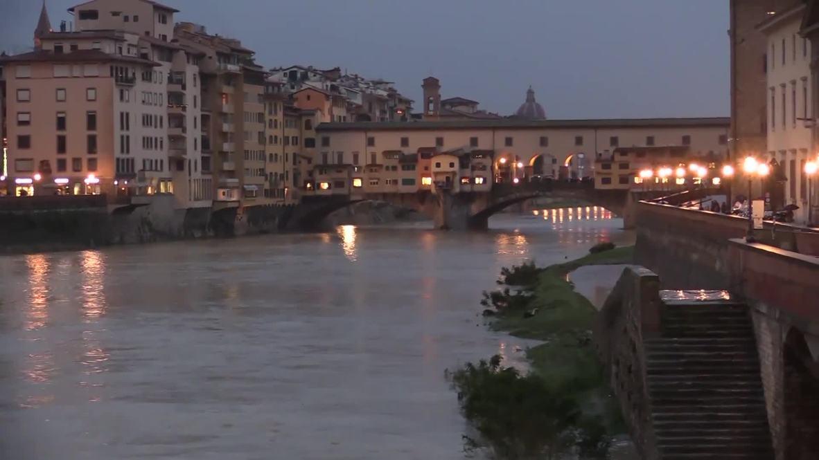 Italia: El riesgo de inundaciones se extiende a Florencia mientras continúan las lluvias