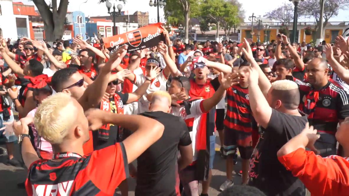 Peru: Flamengo fans gather ahead of 'historic' Copa Libertadores final