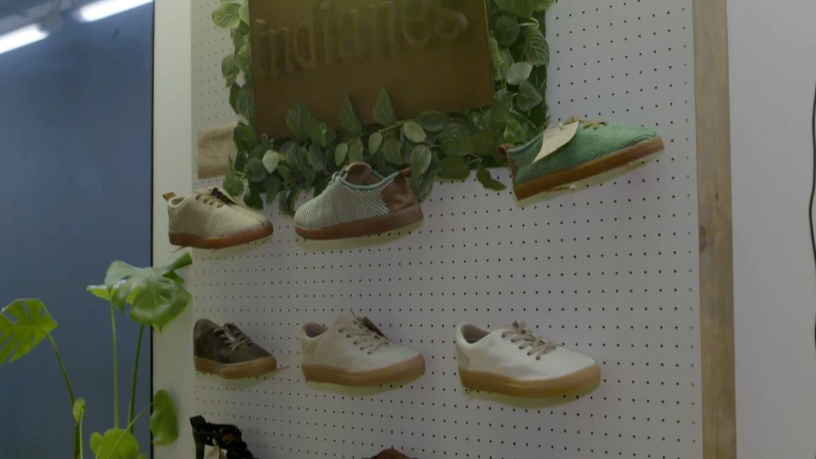 شركة إسبانية تصنع أول حذاء صديق للبيئة من ألياف الموز