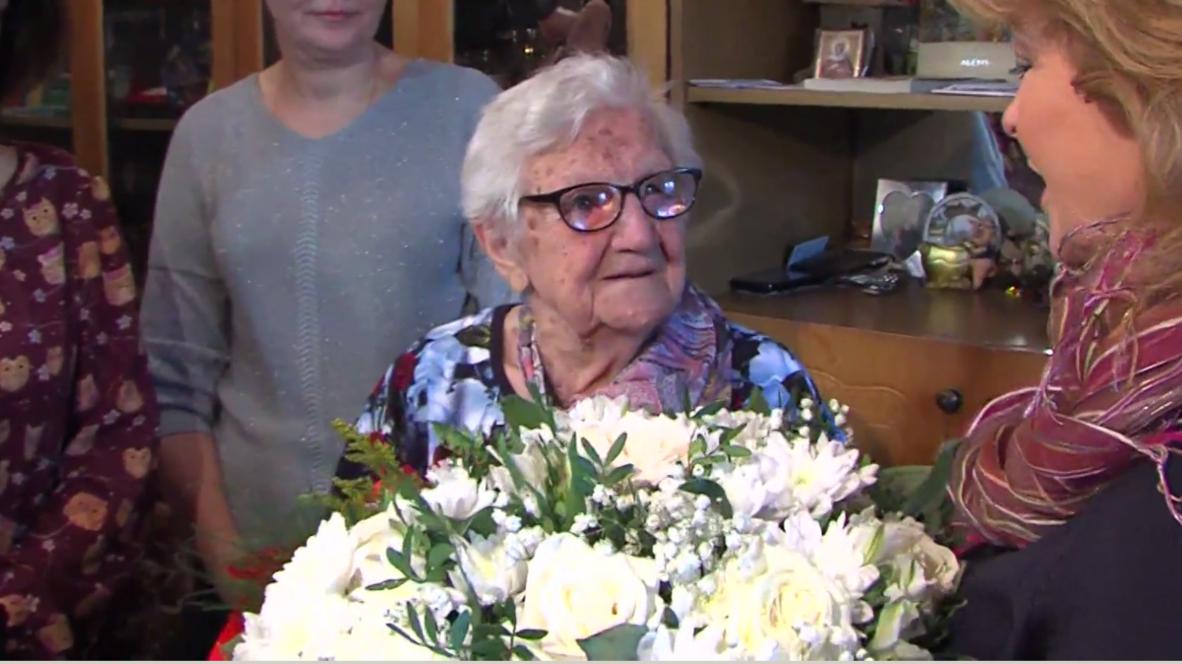 """""""Cердце как пламенный мотор"""". Долгожительница из Ярославля отпраздновала свое 110-летие"""