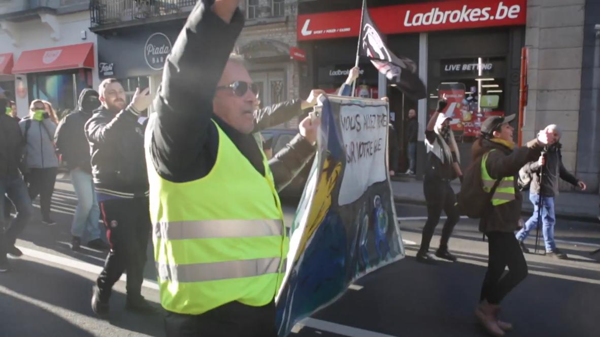 """Bélgica: """"Chalecos amarillos"""" conmemoran el aniversario de su primera protesta"""
