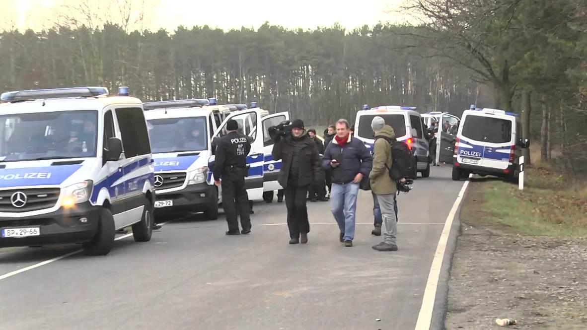 Alemania: Activistas climáticos bloquean el acceso a las minas de carbón de Jänschwalde