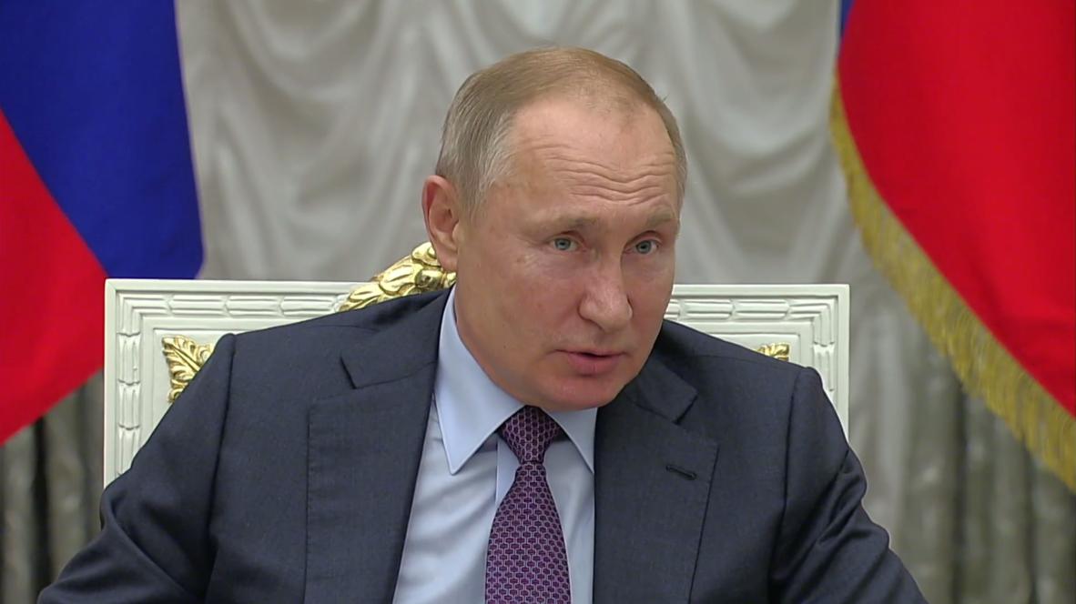 Россия: Путин одобрил идею использовать маткапитал на дорогостоящие операции для детей