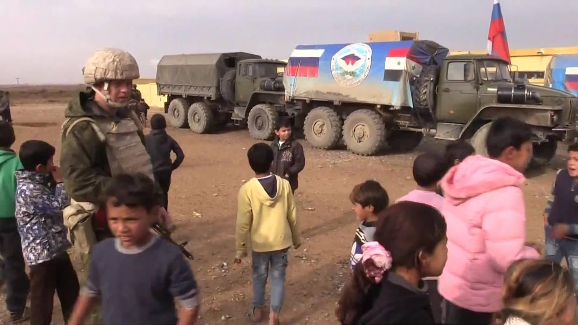 سوريا: الجيش الروسي يقدم مساعدات إنسانية لسكان الرقة