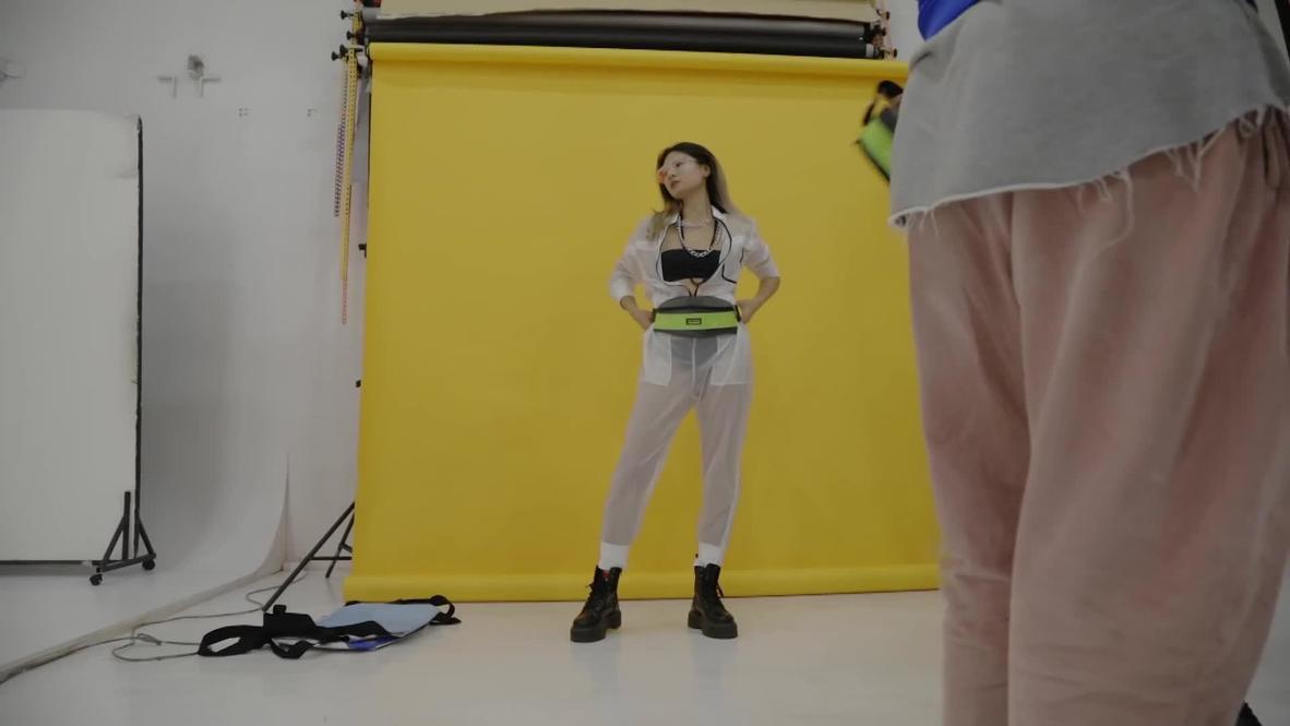 """""""Хайп по экологии"""". В Санкт-Петербурге девушка производит эко-сумки из автомобильных камер"""