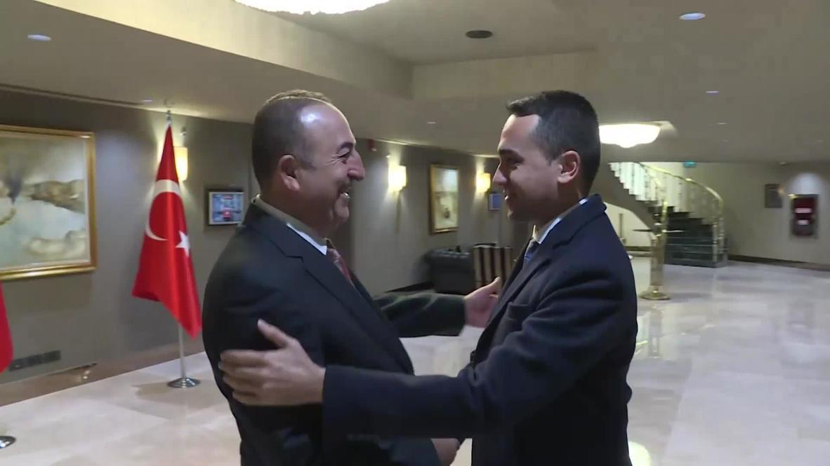 Turchia: FM Kaussoklu incontra l'inviato italiano de Mayo a Istanbul |  Il video è maleducato