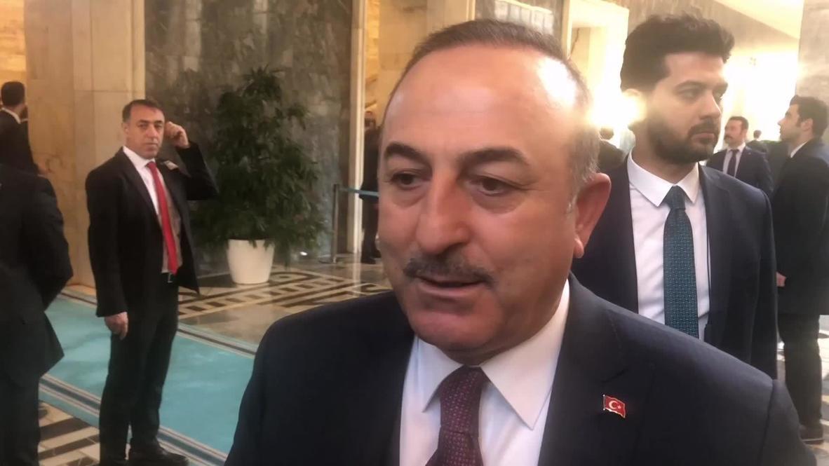 """Turquía: El rechazo de Haftar a firmar un alto el fuego muestra """"quién quiere la guerra"""" - Cavusoglu"""