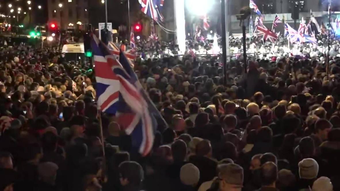 UK: Parliament Square celebrates departure into post-Brexit uncertainty