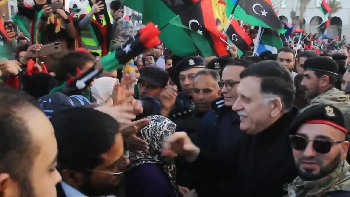 ليبيا: السراج يشارك في الاحتفالات بالذكرى التاسعة للثورة الليبية