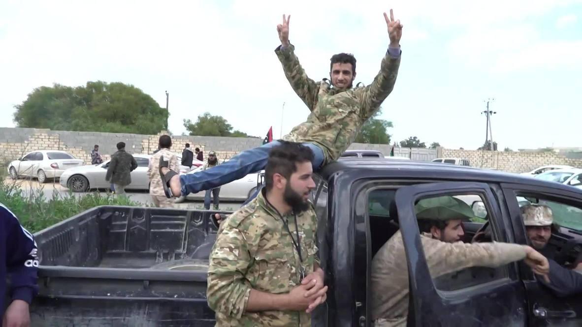 ليبيا: قوات حكومة الوفاق الوطني تحتفل بذكرى الثورة قرب خط المواجهة في طرابلس