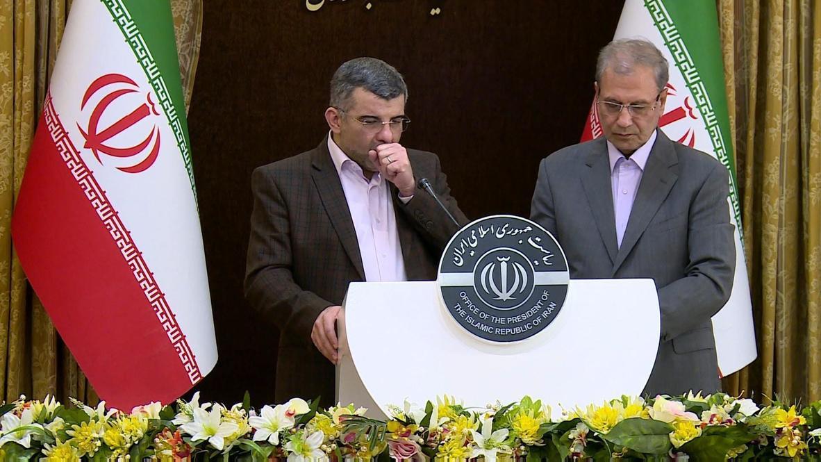 إيران: نائب وزير الصحة يتعرق ويسعل خلال مؤتمر صحفي قبل يوم من تأكيد إصابته بفيروس كورونا