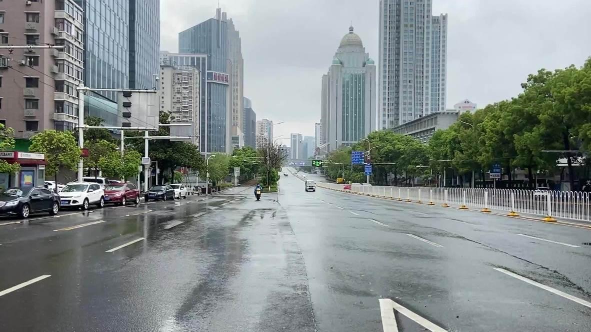 الصين: الهدوء يسود مدينة ووهان مع تخفيف إجراءات الإغلاق الشامل