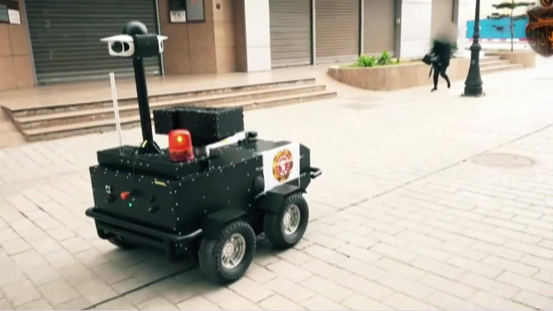 Tunisia: P-Guard robots patrol streets during coronavirus lockdown ...