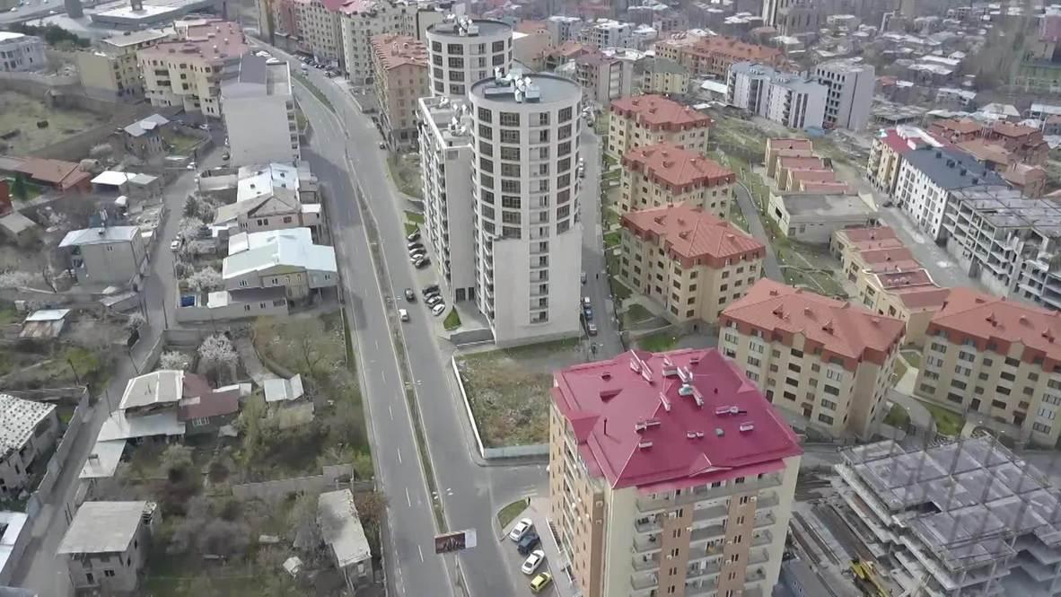 Армения: Дороги Еревана опустели после введения режима ЧП