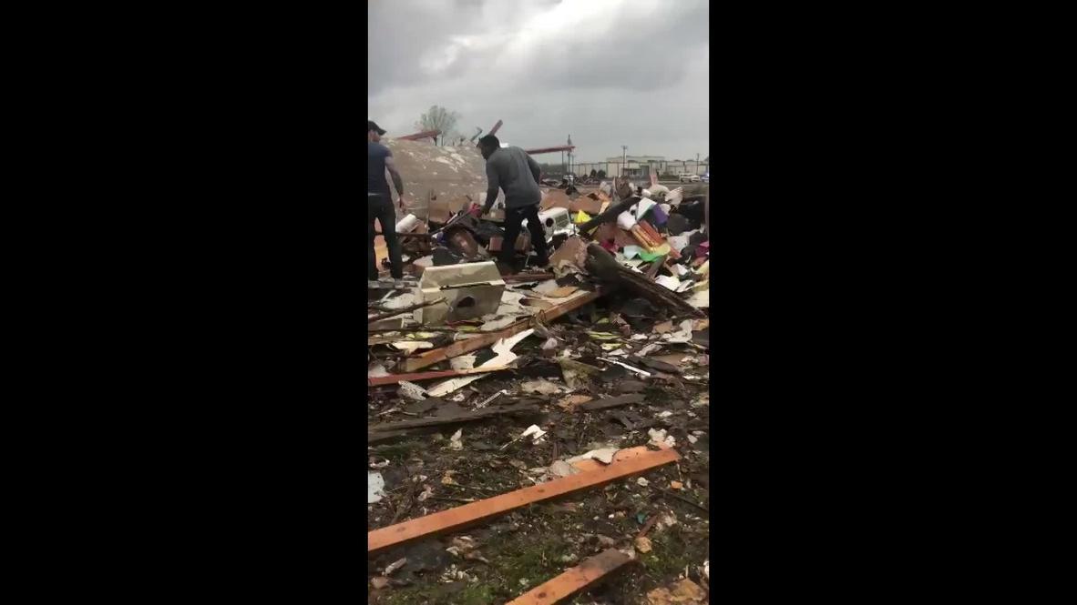 США: Разрушительный торнадо пронесся в Арканзасе