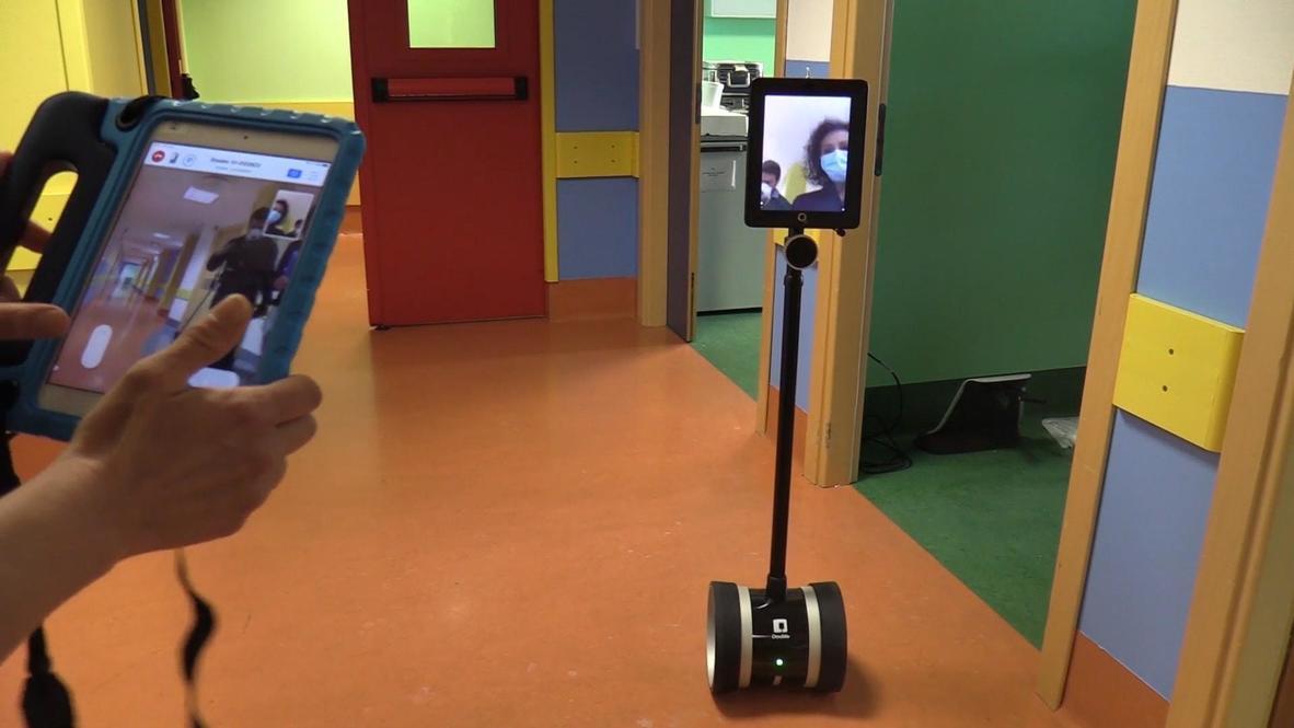 Italy: Robot helping Lombardy hospital health workers amid coronavirus emergency