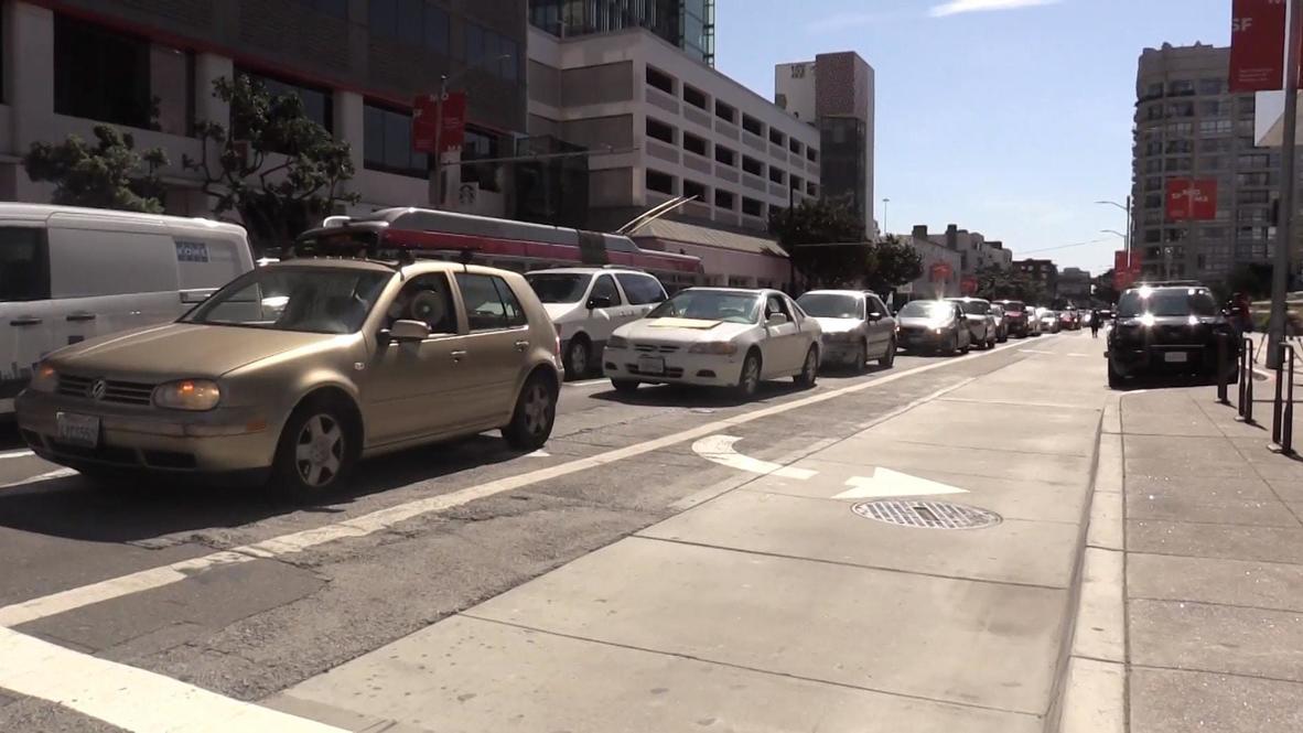 USA: Horn-honking protest slams SF's treatment of homeless amid COVID-19 crisis