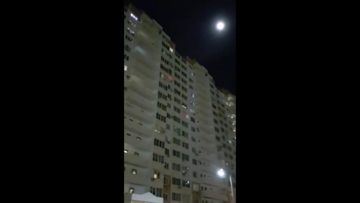 """""""Только мы с конем"""". Краснодарцы исполнили известную песню на балконах своих квартир во время самоизоляции"""