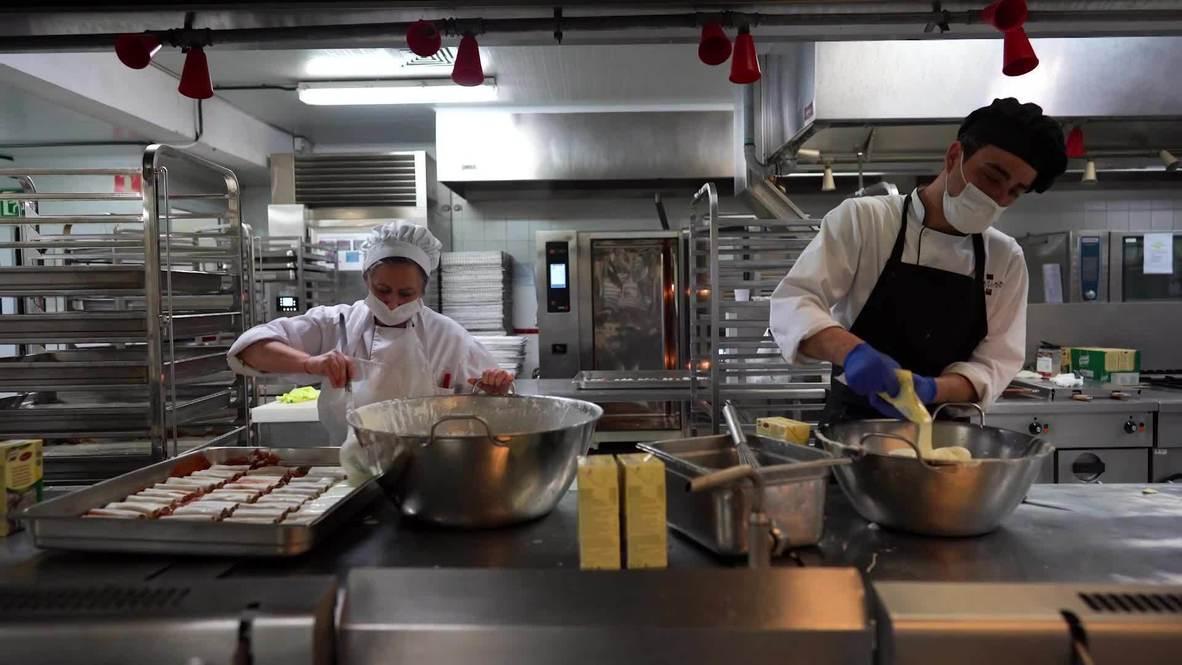 España: Las cocinas de IFEMA trabajan para alimentar a pacientes y personal sanitario