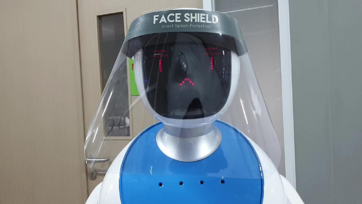 Робот - лучший помощник. Электронные медсестры присоединились к врачам в борьбе с коронавирусом в Джакарте