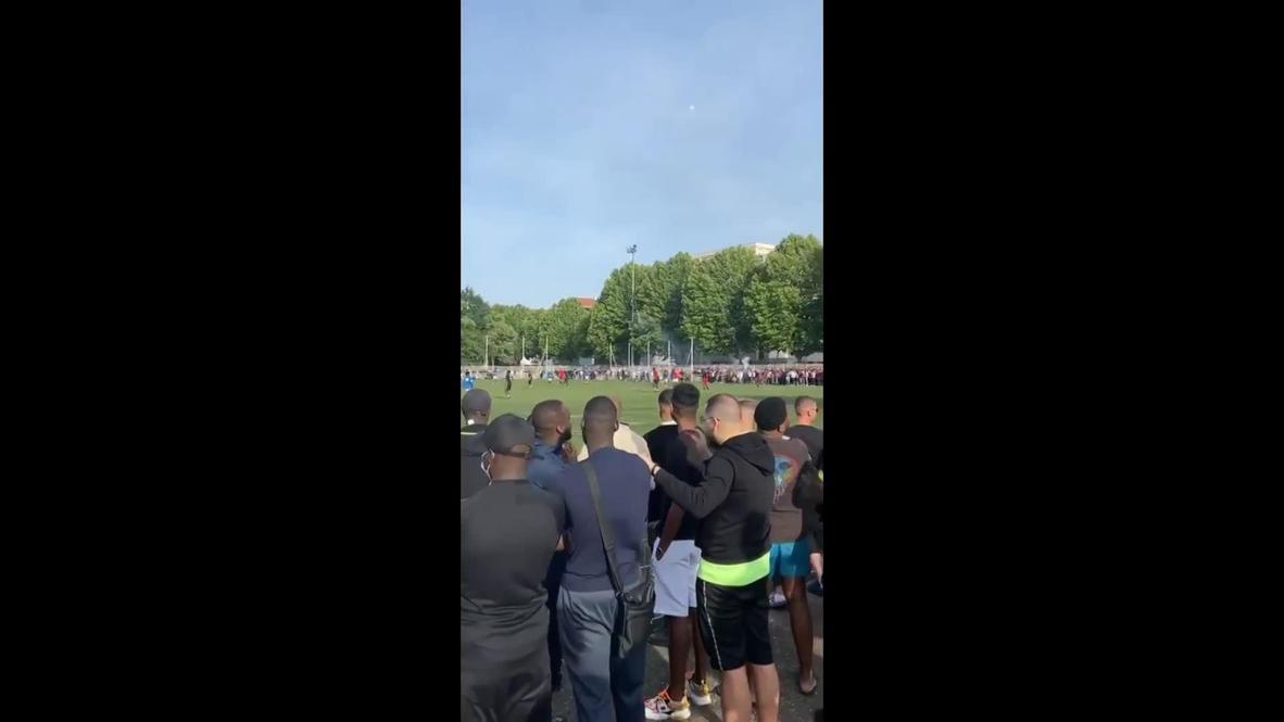 Francia: Cientos de personas desafían el confinamiento para asistir a un partido de fútbol en Estrasburgo
