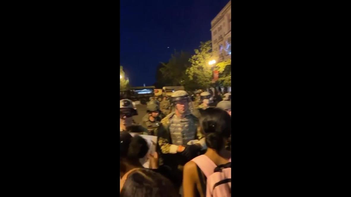 EE.UU.: Manifestantes se enfrentan a las fuerzas de seguridad frente a la Casa Blanca en Washington D.C.