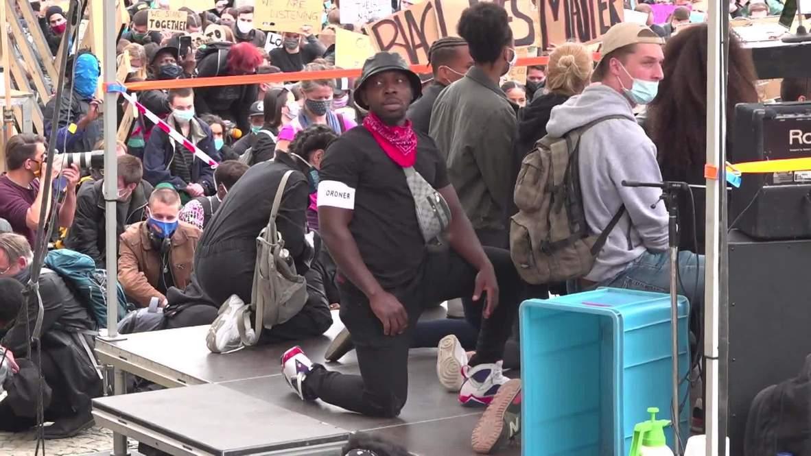 """ألمانيا: الآلاف يشاركون في مسيرة """"حياة السود مهمة"""" في ميونيخ"""