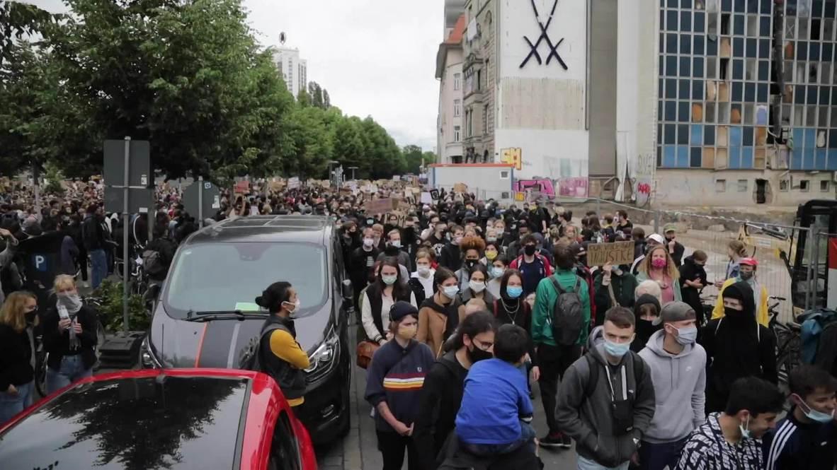 ألمانيا: الآلاف يتظاهرون ضد العنصرية في لايبزيغ