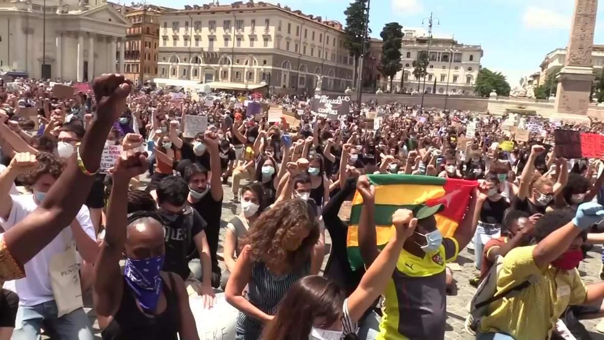 إيطاليا: تظاهر الآلاف احتجاجاً على العنصرية في العاصمة روما