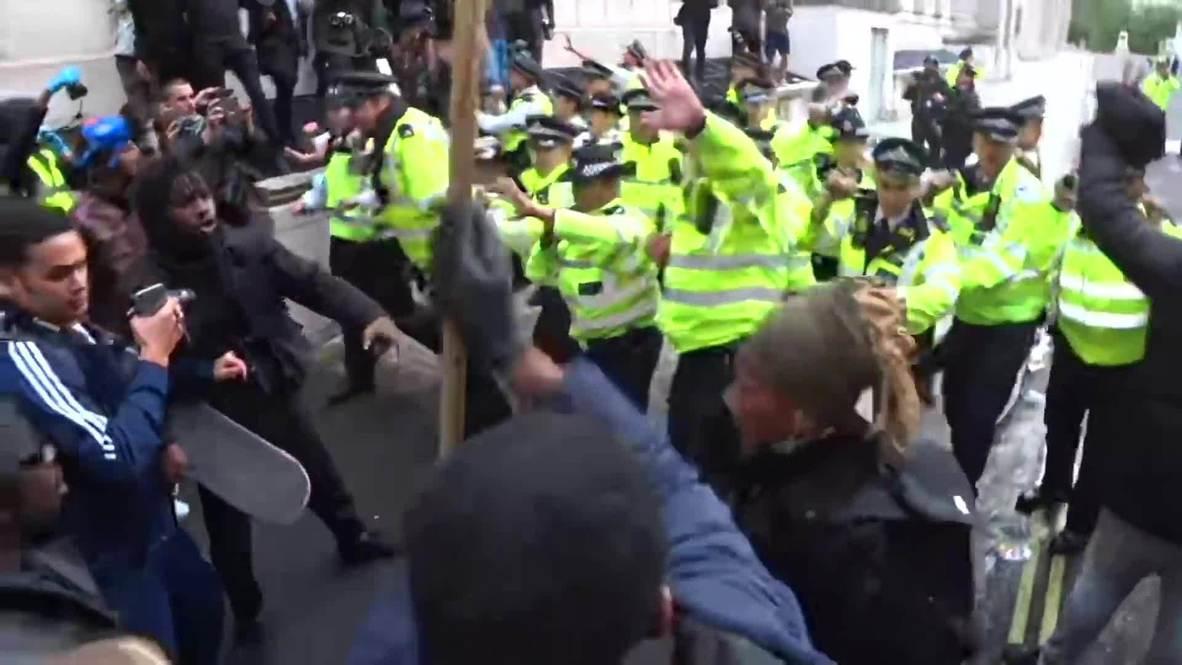 """المملكة المتحدة: اشتباكات بين الشرطة ومتظاهري """"حياة السود مهمة"""" في لندن"""