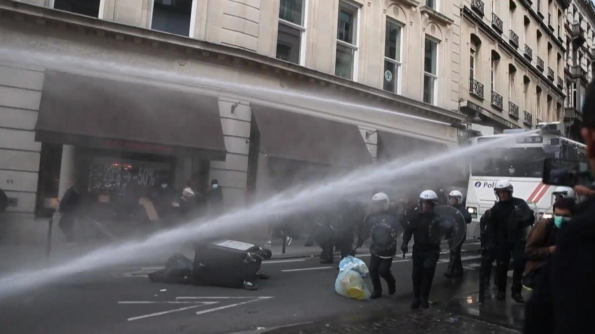 Бельгия: Полиция применила водяные пушки для разгона протестующих в Брюсселе