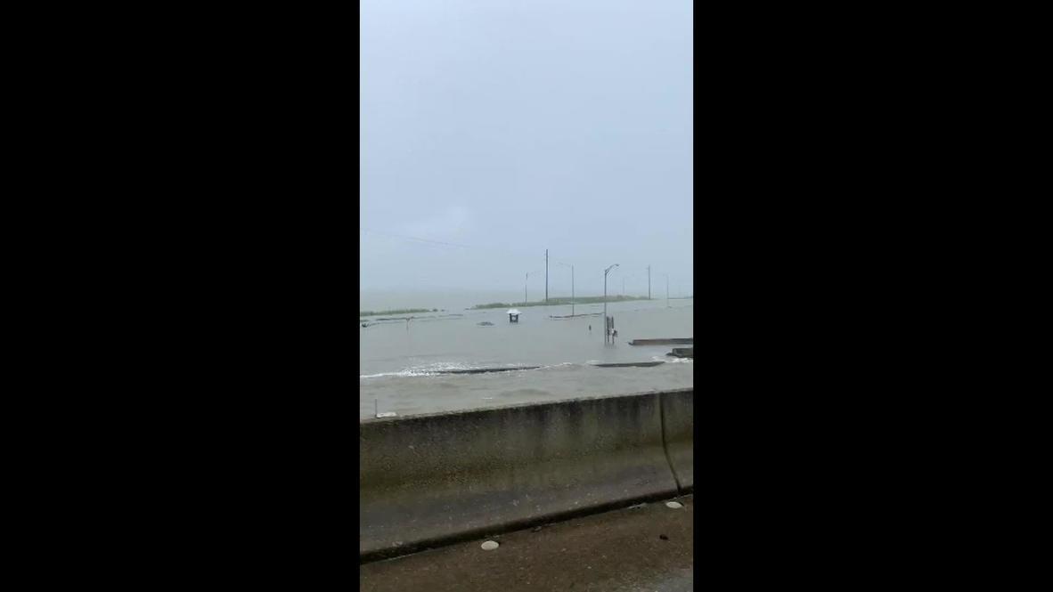 USA: Tropical storm Cristobal brings strong winds, flooding to Alabama coast