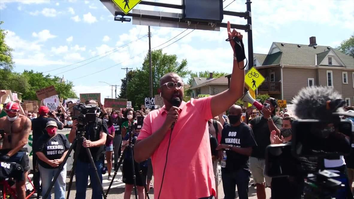 EE.UU.: Manifestantes exigen la dimisión del presidente del sindicato de policías de Mineápolis, Bob Kroll