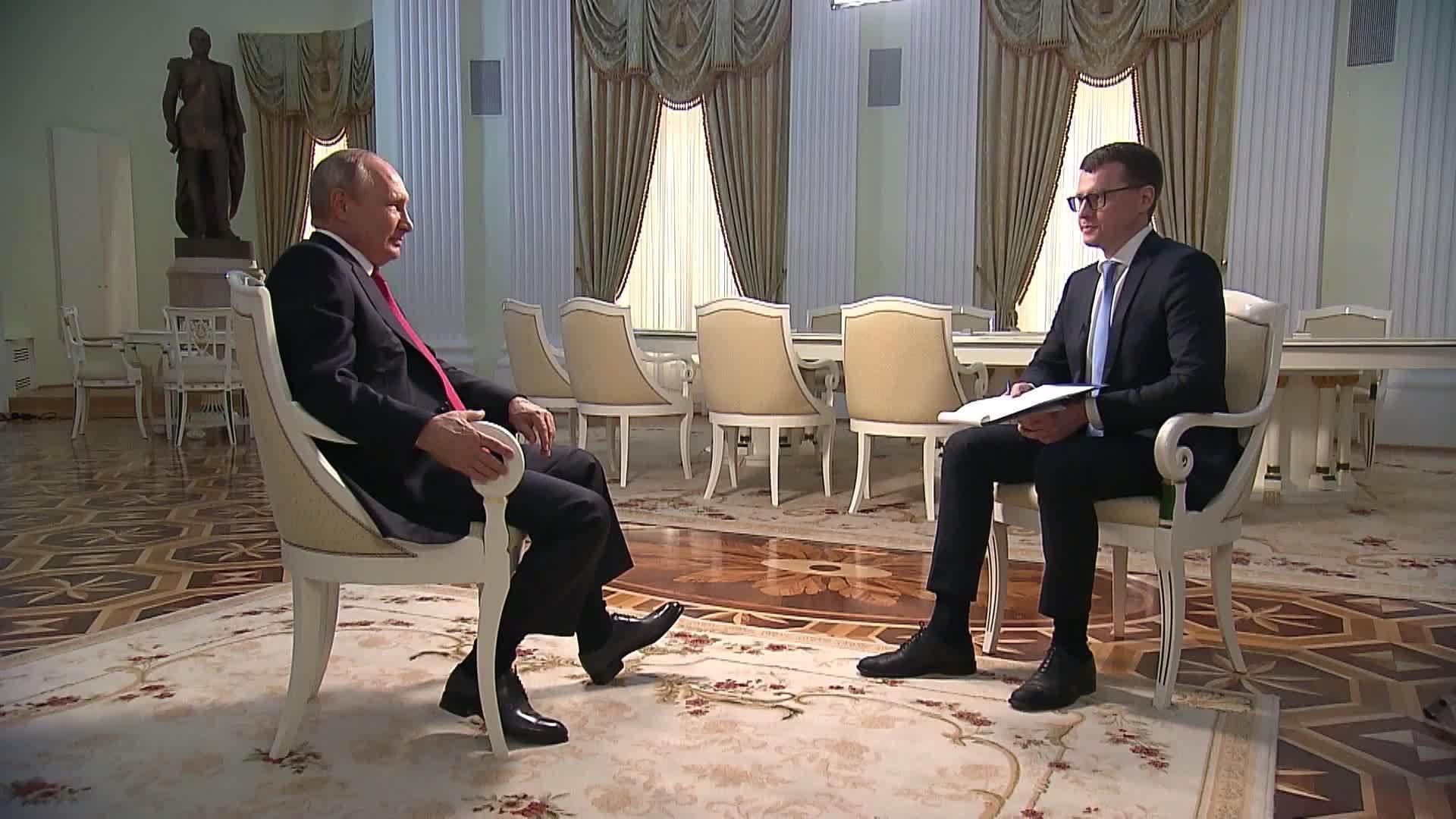 «Это было неожиданно»: первая реакция украинских СМИ на интервью Путина об Украине и Зеленском