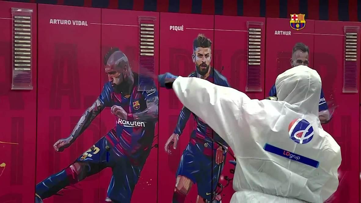 """إسبانيا: تطهير ملعب """"كامب نو"""" قبل مباراة برشلونة الأولى على أرضه مع استئناف الدوري الإسباني"""