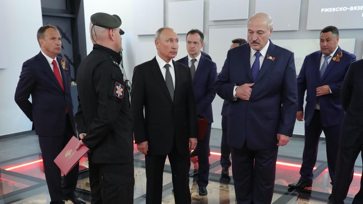 Россия: Путин и Лукашенко посетили музей при Ржевском мемориале Советскому солдату
