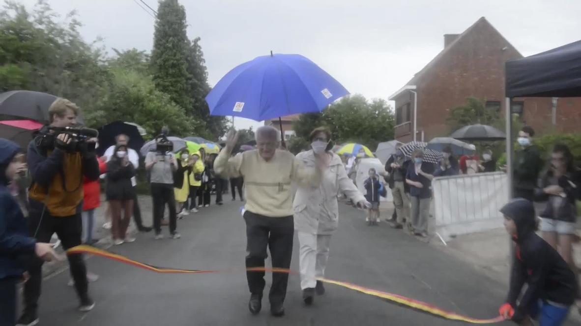 الكابتن توم بالنسخة البلجيكية: طبيب متقاعد في 103 من عمره ينهي سباق الماراثون لصالح أبحاث مكافحة كوفيد-19