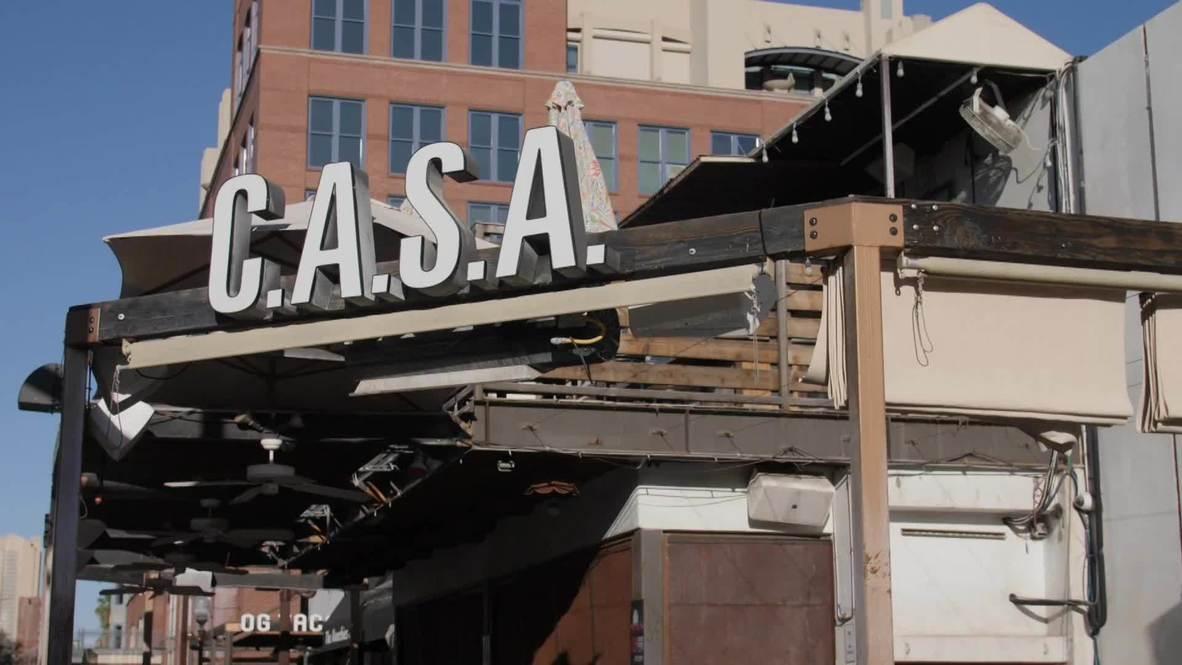 USA: 'We need big help' - Arizona bar owner on reversing reopening