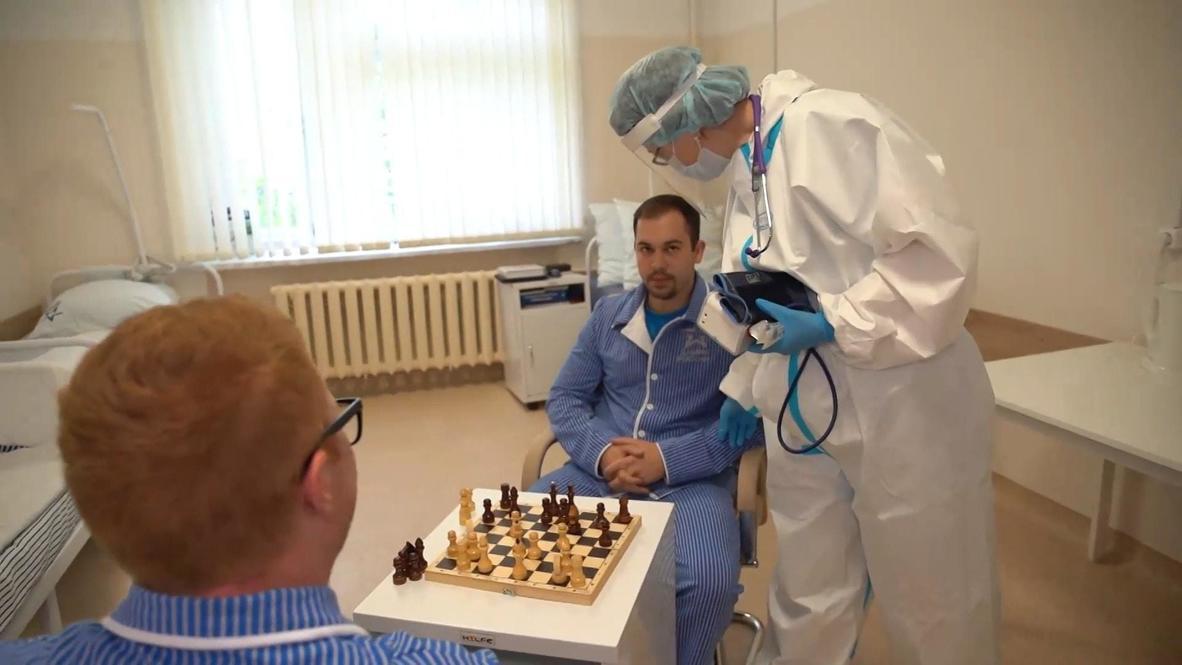 Россия: Осложнений и побочных реакций нет - Минобороны о тестирующих вакцину от COVID-19 добровольцах