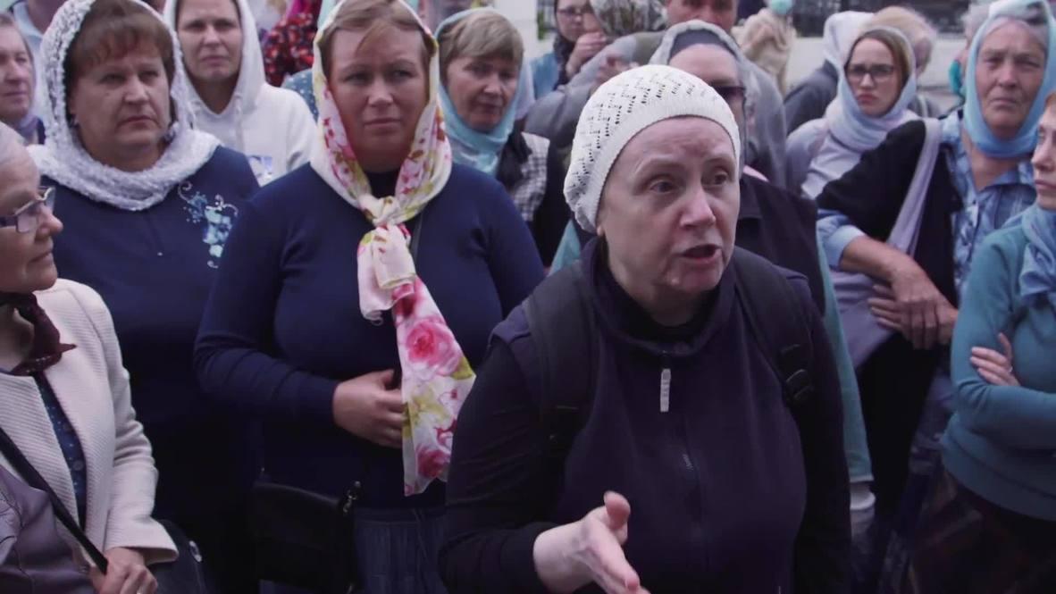 Россия: Сторонники лишенного сана схиигумена Сергия протестуют у Екатеринбургской епархии