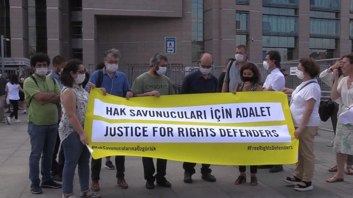 تركيا: إدانة أربعة ناشطين في مجال حقوق الإنسان بتهم الإرهاب في إسطنبول