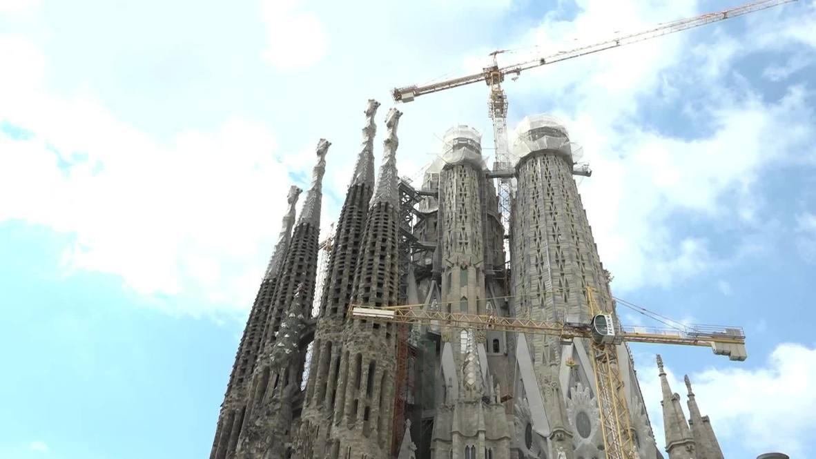 España: La Sagrada Familia abre sus puertas a los trabajadores sanitarios en Barcelona