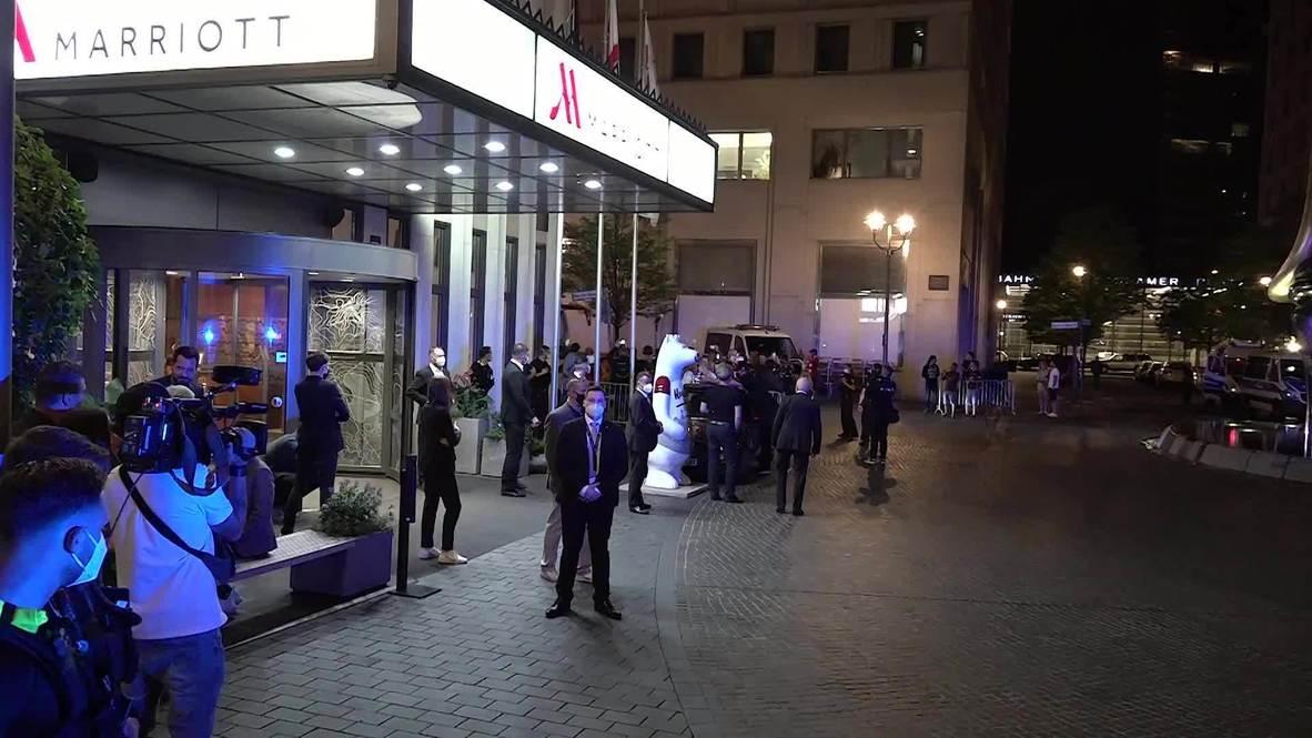 ألمانيا: بايرن ميونخ يحتفل بأحد فنادق برلين بكأس ألمانيا بعد فوزه على ليفركوزن
