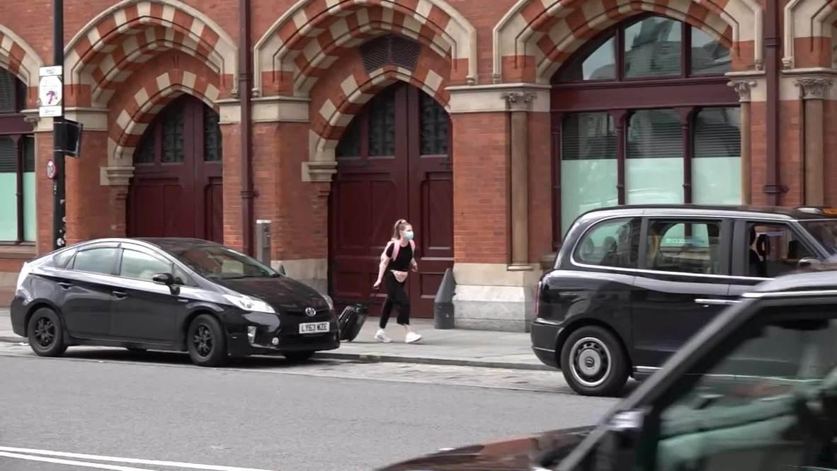 Reino Unido: Londinenses llenan las estaciones a medida que se alivian las restricciones por covid-19