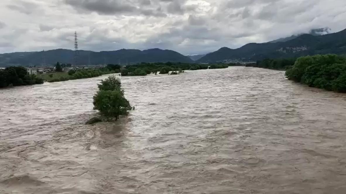 Japón: Fuertes lluvias causan deslizamientos de tierra e inundaciones en la prefectura de Nagano