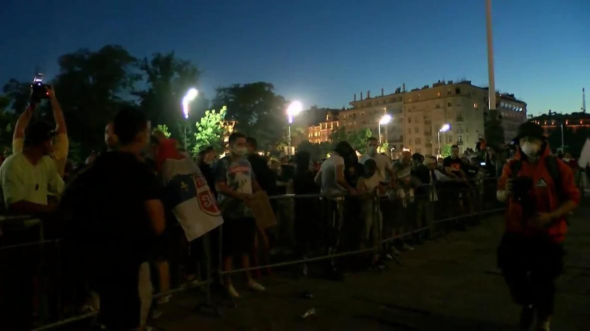 Serbia: Clashes erupt as anti-govt protests continue in Belgrade