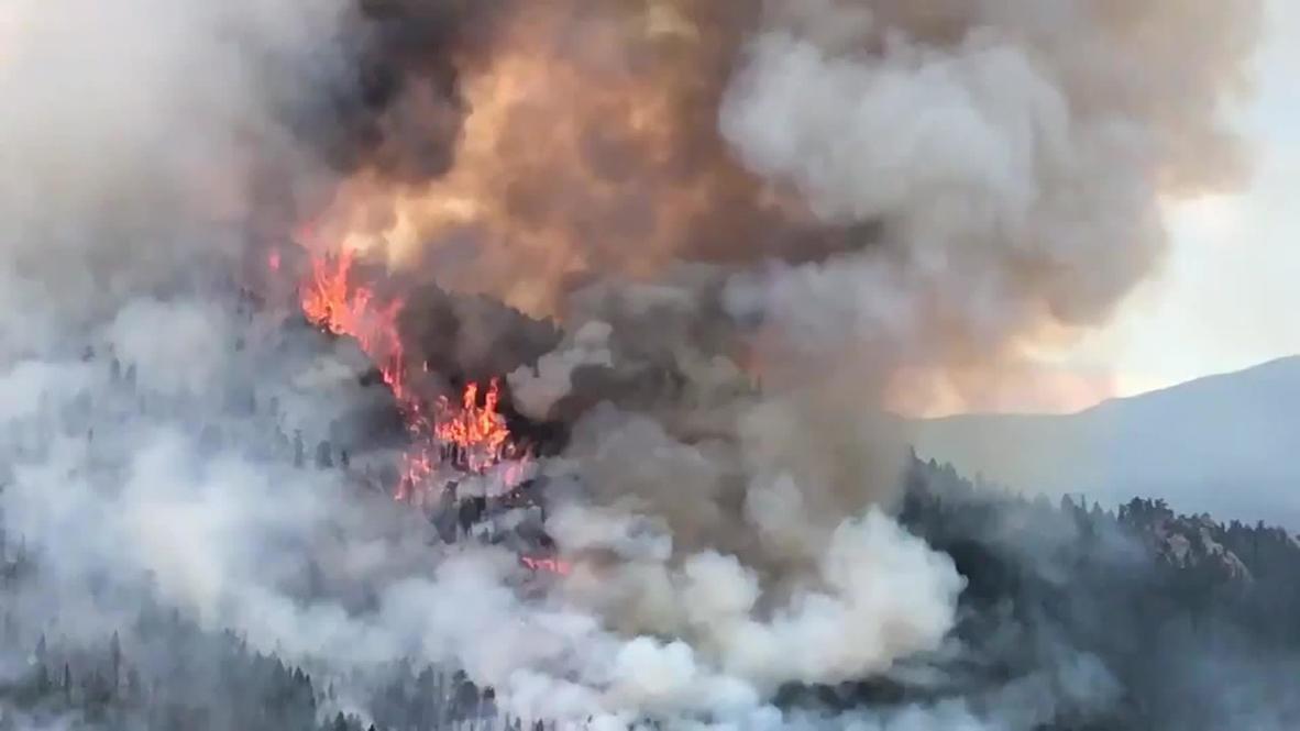 EE.UU.: Incendio de Colorado crece y provoca más de 1.000 evacuaciones