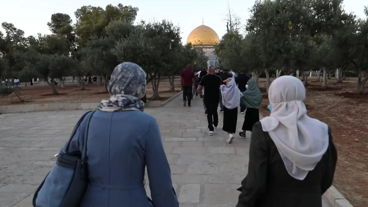 Jerusalén Este: Miles de personas abarrotan la mezquita de Al-Aqsa en el Eid al-Adha
