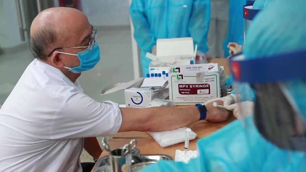 Vietnam: Da Nang returnees take rapid COVID test in Hanoi to help curb outbreak