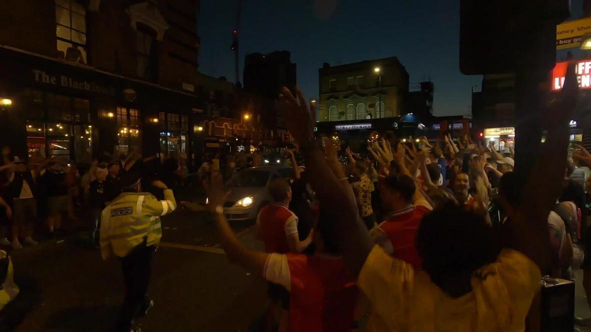 المملكة المتحدة: عشاق الأرسنال يحتشدون في شوارع لندن للاحتفال رغم إرشادات التباعد الاجتماعي